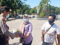 PKL Arlan Terima Bantuan Sembako Dari Polres Pamekasan Bersama Mabes NGO