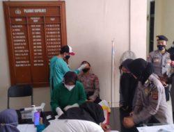 Pastikan Bebas Virus Covid, Jajaran Polres Banjar Adakan Test Swab