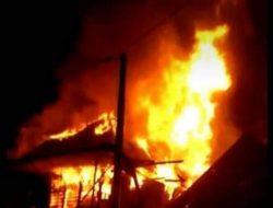 Diduga Tabung Elpiji Meledak Satu Rumah Warga Lintang Kanan Hangus Di Lalap Sijago Merah